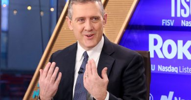 Fed's Bullard says 'biggest growth quarter of all time' will lift inflation