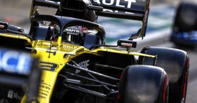 """Uncomfortable"" F1 set-up changes key for Ricciardo at Russian GP - F1"