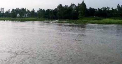 Water levels of major rivers further fall in B'putra basin