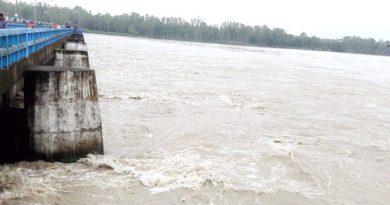 Teesta, Dharla cross danger mark in Brahmaputra basin