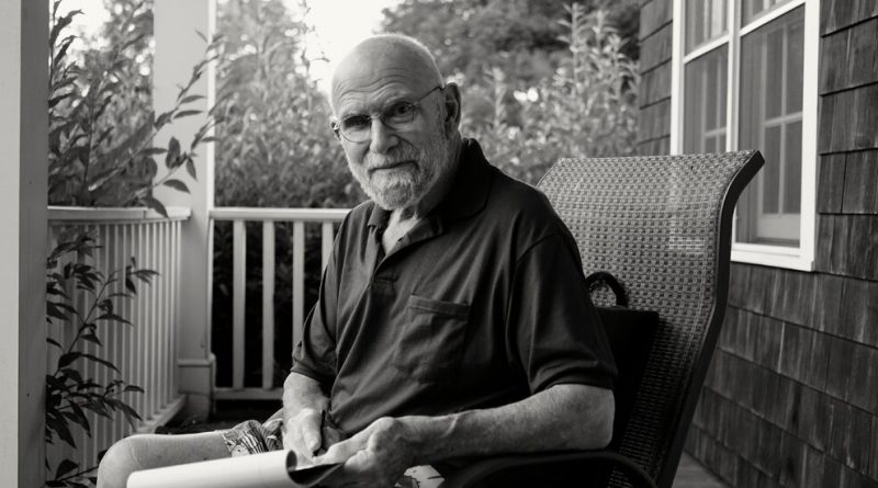 'Oliver Sacks: His Own Life' Review: All Was Not Well With the Doctor