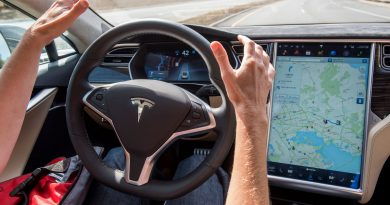 Tesla Autopilot gets 'moderate' driver assistance grade from Euro NCAP