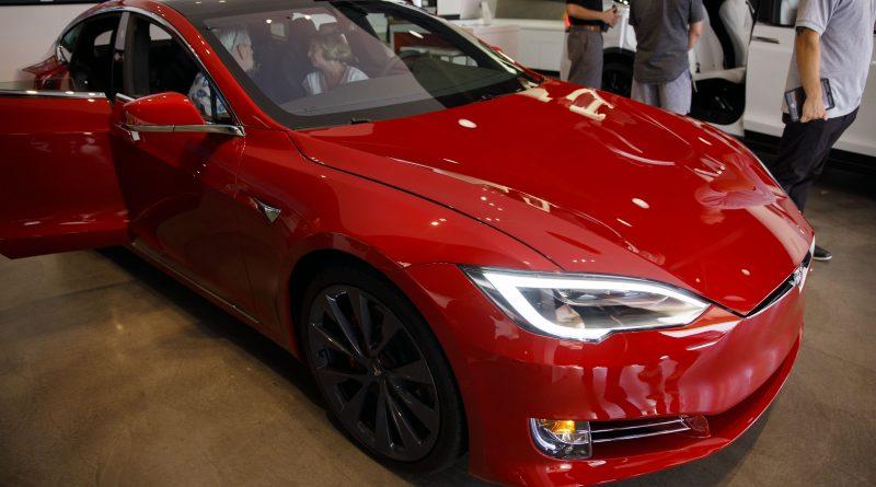 Elon Musk cuts Tesla Model S price twice in one week