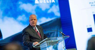General Motors taps Delta's Paul Jacobson to fill CFO job