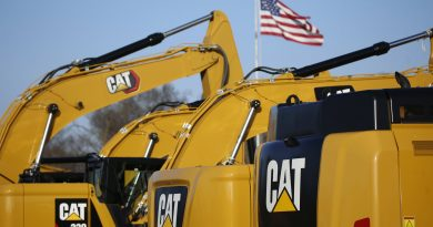 Caterpillar reports 54% drop in earnings amid lower equipment demand