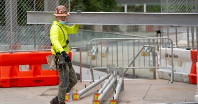 Companies added better than expected 749,000 jobs amid jump in construction, hospitality, ADP says