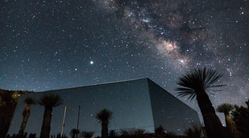 A Glass House in the Mexican Desert