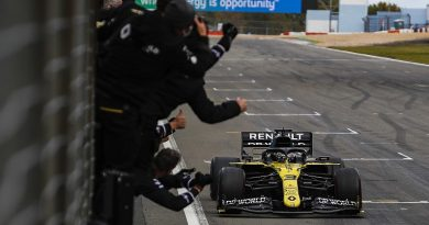 Ricciardo: Renault F1 progress down to losing 'hit or miss' car trait - F1