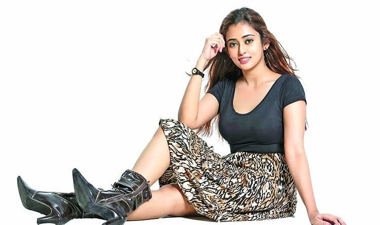 Salwa is all set to take movie industry   The Asian Age Online, Bangladesh
