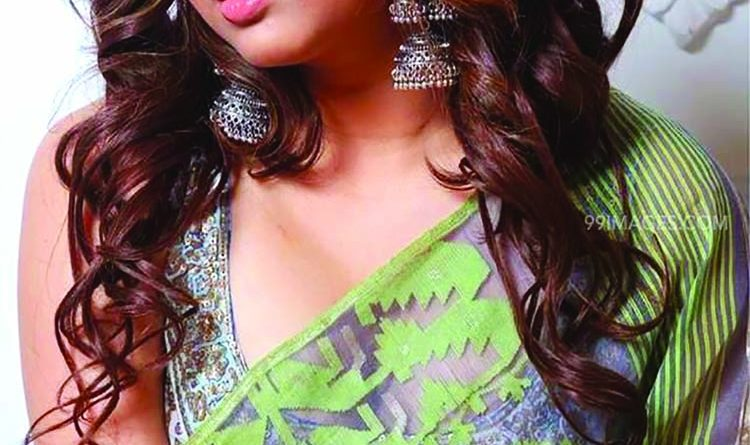 'Not only men, many ladies have problems with women's clothes' | The Asian Age Online, Bangladesh