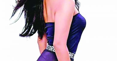 Nusrat's 'Ami Chai Thakte' released | The Asian Age Online, Bangladesh
