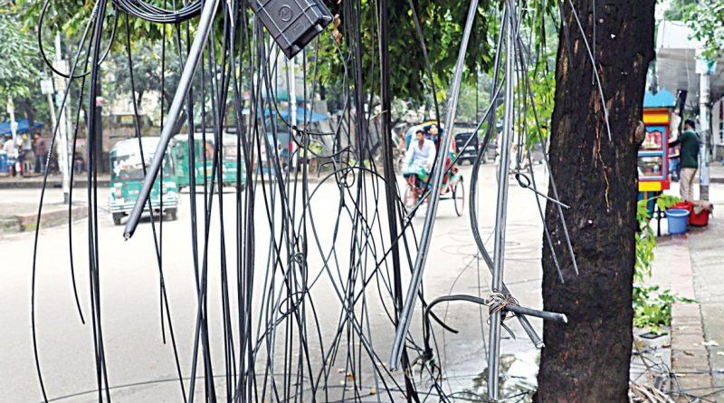 3-hour shutdown: Internet service providers, cable operators to sit with Mustafa Jabbar