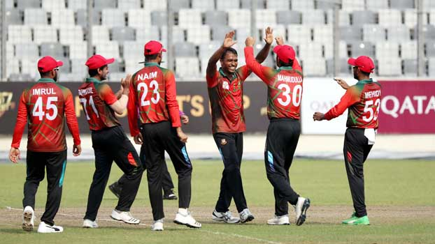 Rubel's four-fer restricts Tamim XI to 221