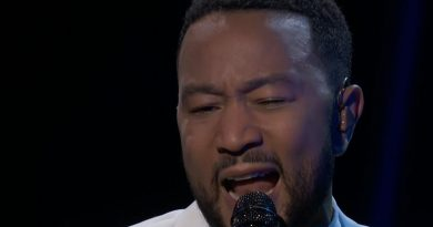 John Legend Performs Tribute at the Billboard Music Awards