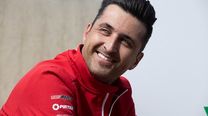 Fabian Coulthard set to leave DJR Supercars team after Penske exit - Supercars