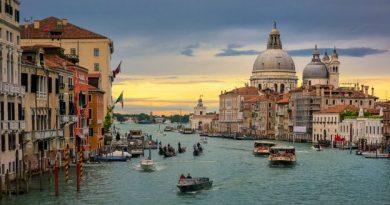 BBC - Travel - The private language of Venice