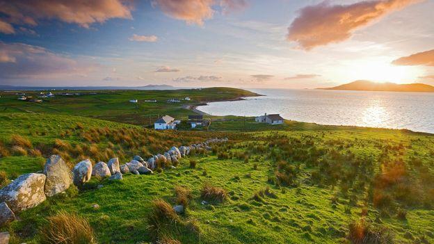 BBC - Travel - 'Captain' Gallagher: The legend of Ireland's 'Highwaymen'
