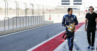 Gelael makes F2 return in Bahrain after injury lay-off - F2