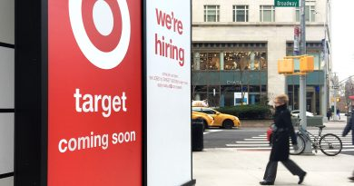 Jobs report shows labor market stronger than expected, as economy faces new surge in Covid cases