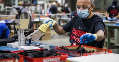 Private payrolls increase by 365,000 vs. 600,000 estimate