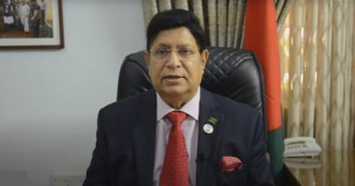 Momen for mounting int'l pressure on Myanmar to take back Rohingyas