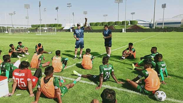 Booters to play first practice match today