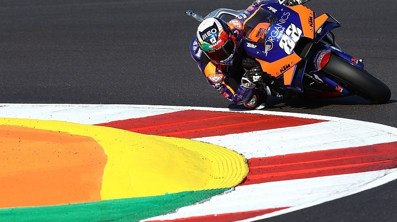 MotoGP Portugal: Oliveira takes flawless home win, Ducati constructors' champions - MotoGP