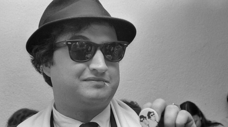 'Belushi' Review: A Comic in Full