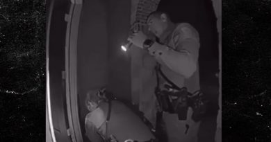 Texas Man Screams for Dad Before Getting Tackled, Kneed, Tased by Cops