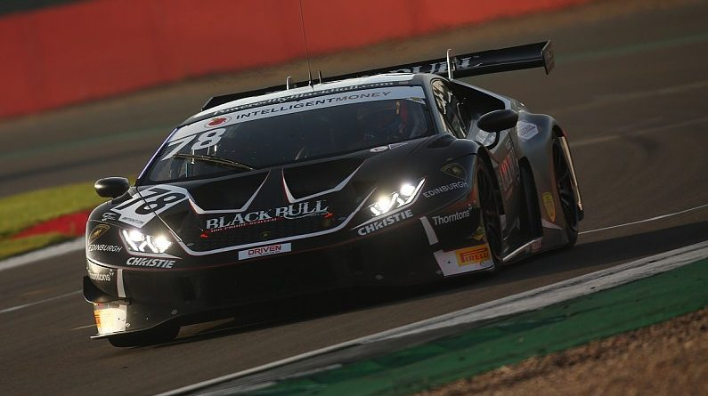 Collard and Mitchell claim British GT title with Silverstone win, Button 14th - GT