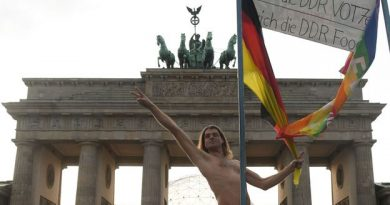 BBC - Travel - Why Germans love getting naked in public