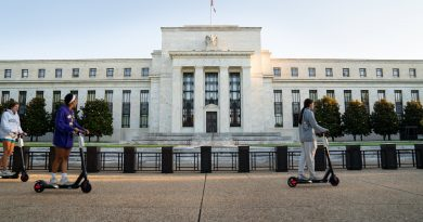 Fed raises its economic outlook slightly, sees 4.2% growth next year and 5% unemployment rate