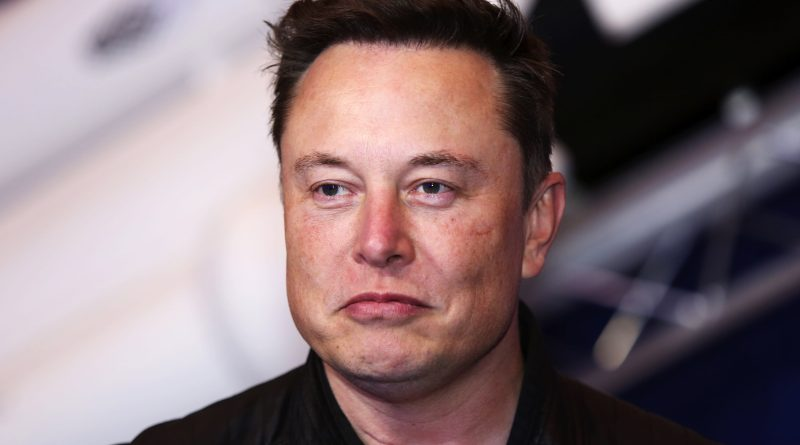 Elon Musk should apologize for mocking gender pronouns, says HRC