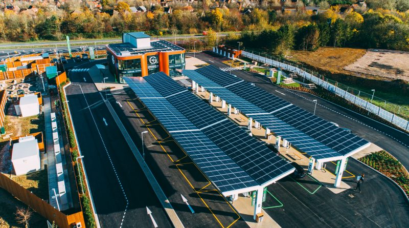The UK's first forecourt dedicated to electric vehicles has opened