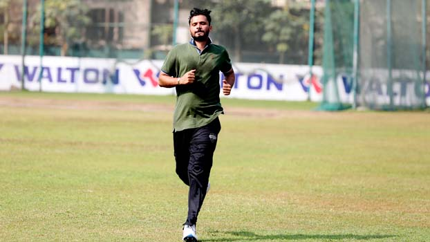 Mashrafe returns to training