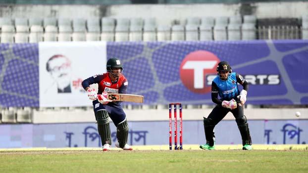 Tamim reaches 6000 runs in T20s