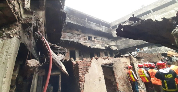 Plastic factory catches fire at Chawk Bazar – National – observerbd.com