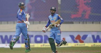 Fifties from Liton, Soumya and Nahidul's three wickets help Ctg beat Rajshahi