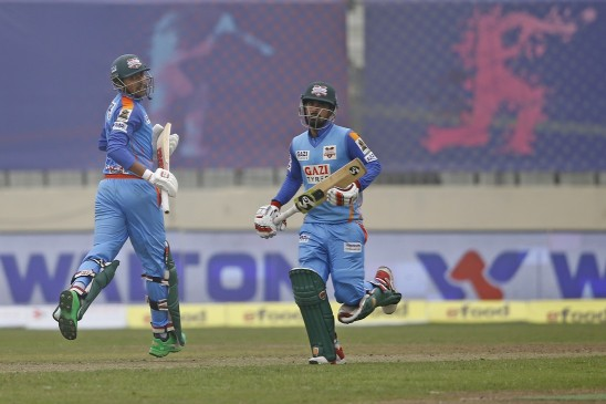 Fifties from Liton, Soumya and Nahidul's three wickets help Ctg beat Rajshahi