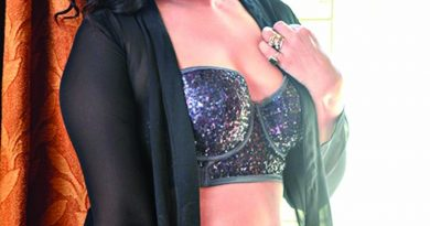 Rituparna keen to direct movies in future   The Asian Age Online, Bangladesh