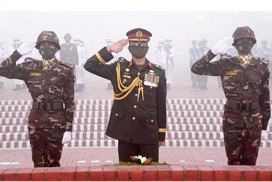 PM pays homage to martyrs of Liberation War