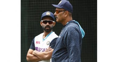 India make four changes, Australia look to turn screw