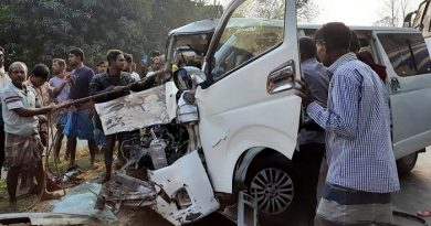 5 of a family injured in lorry-microbus collision – Countryside – observerbd.com