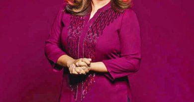 Farah shares a priceless throwback featuring Shah Rukh, Kareena, Karan   The Asian Age Online, Bangladesh