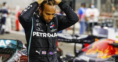 "Hamilton ""not feeling great"" with mild COVID-19 symptoms - F1"
