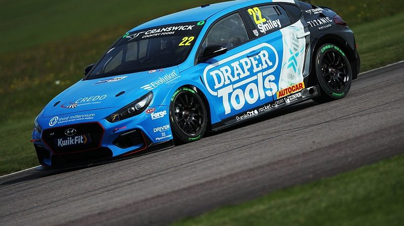 Smiley faces second season with Excelr8 Hyundai BTCC team | BTCC News