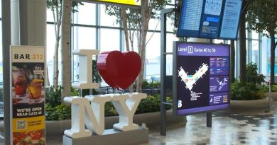 LaGuardia, 'worst' airport in America, aims to be its best