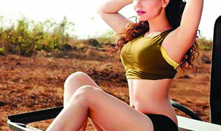 Kangna Sharma's bold look leaves fans stunned | The Asian Age Online, Bangladesh
