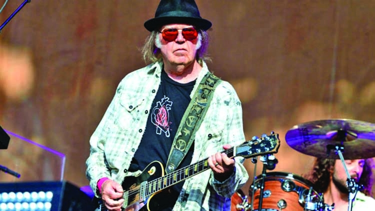 Neil joins rights harvest with sale of half his songbook | The Asian Age Online, Bangladesh