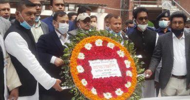 Zahid Faruq pays homage to Bangabandhu in Tungipara